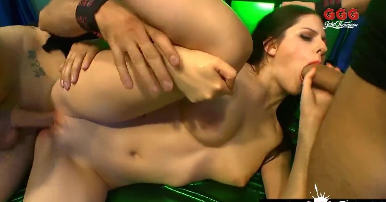 Порно Мини Бабой
