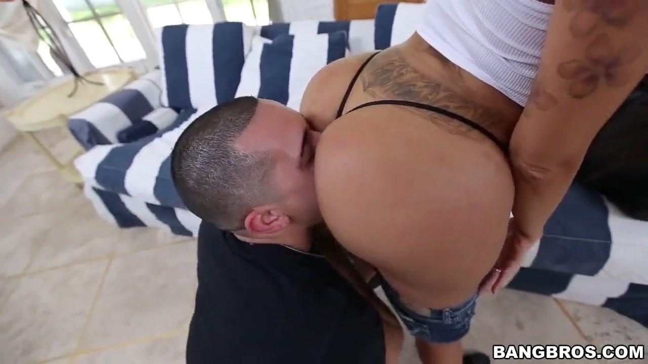 Порно Видео Брюнетки С Формами