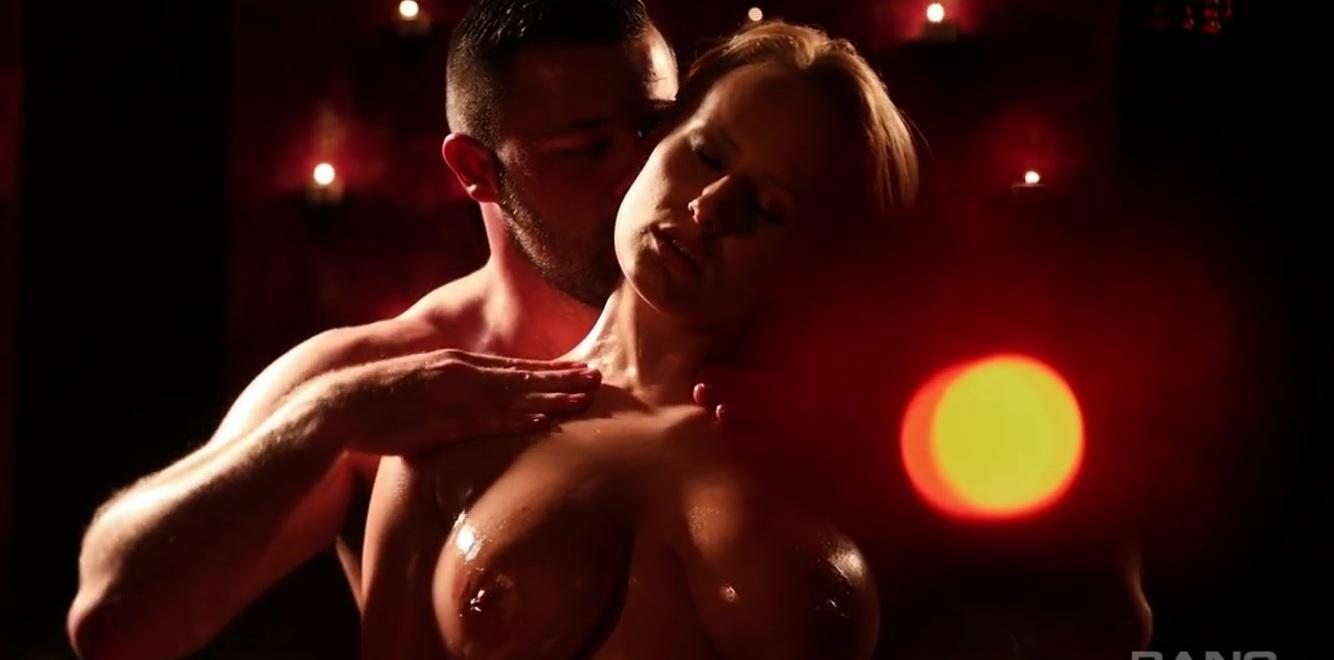 Секс С Огненной Красоткой