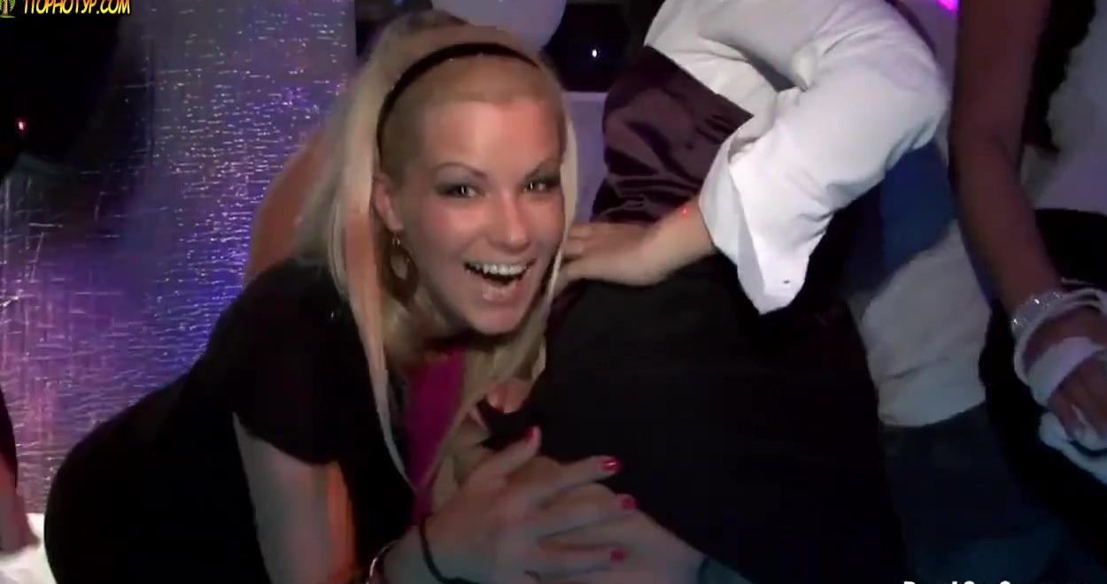Фото шлюх из ночных клубов видео про гта 5 стриптиз клуб